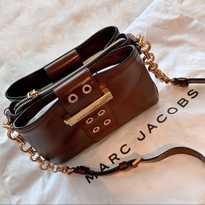 BRAND NEW Marc Jacob Lock & Strap Crossbody